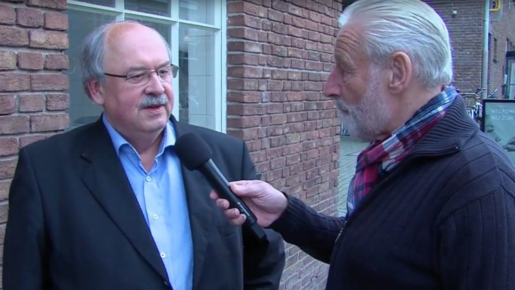 Jan-Carel-van-Dijk-schrijft-boekje-over-de-historie-van-de-Erdalfabriek-AmersfoortKiest